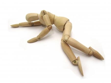 倒れた人形